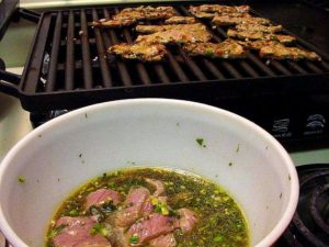 Grilled_steak_marinade